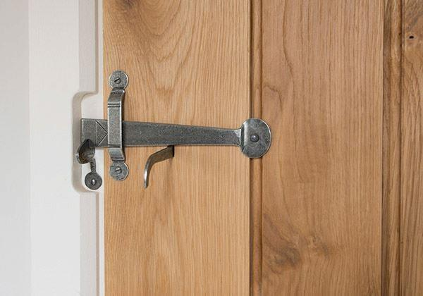 How To Fit A Suffolk Thumb Latch