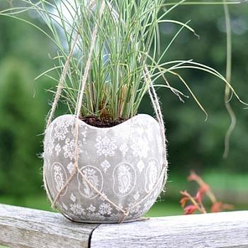 Paisley Ceramic Hanging Flower Pot