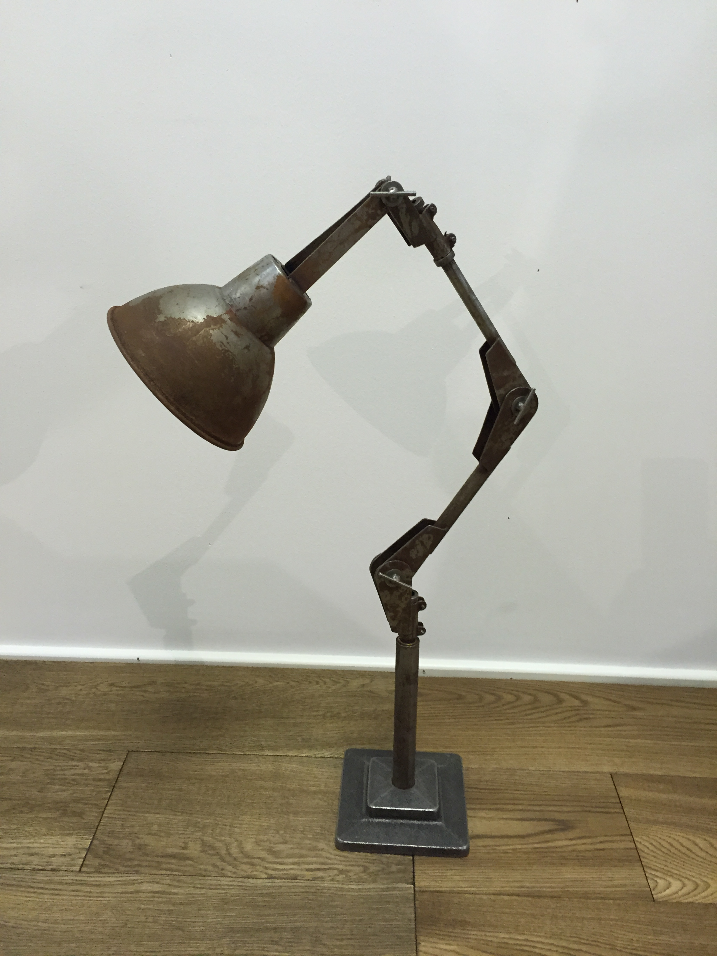 cottingham vintage anglepoise lamp